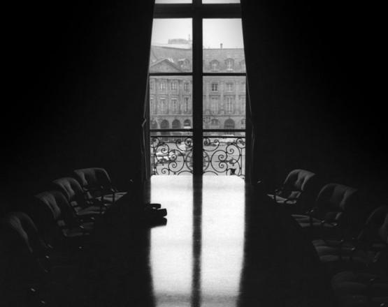 Der_Sitzungssal_der_Deutschen_Bank_Paris_01.11.1978